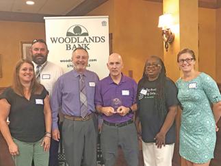 Big Brothers Big Sisters Volunteer Receives Award